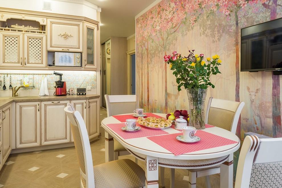 bucatarie in stil provensal - loc de luat masa